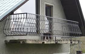 balkonu turėklai