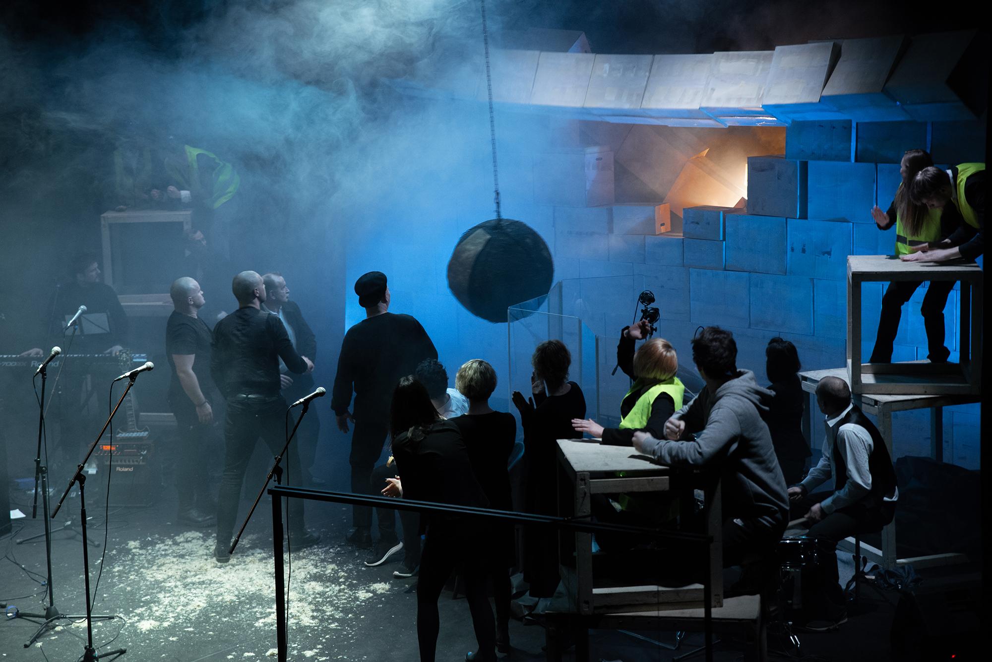 32-ąjį sezoną Keistuolių teatras pasitinka statybų įkarštyje
