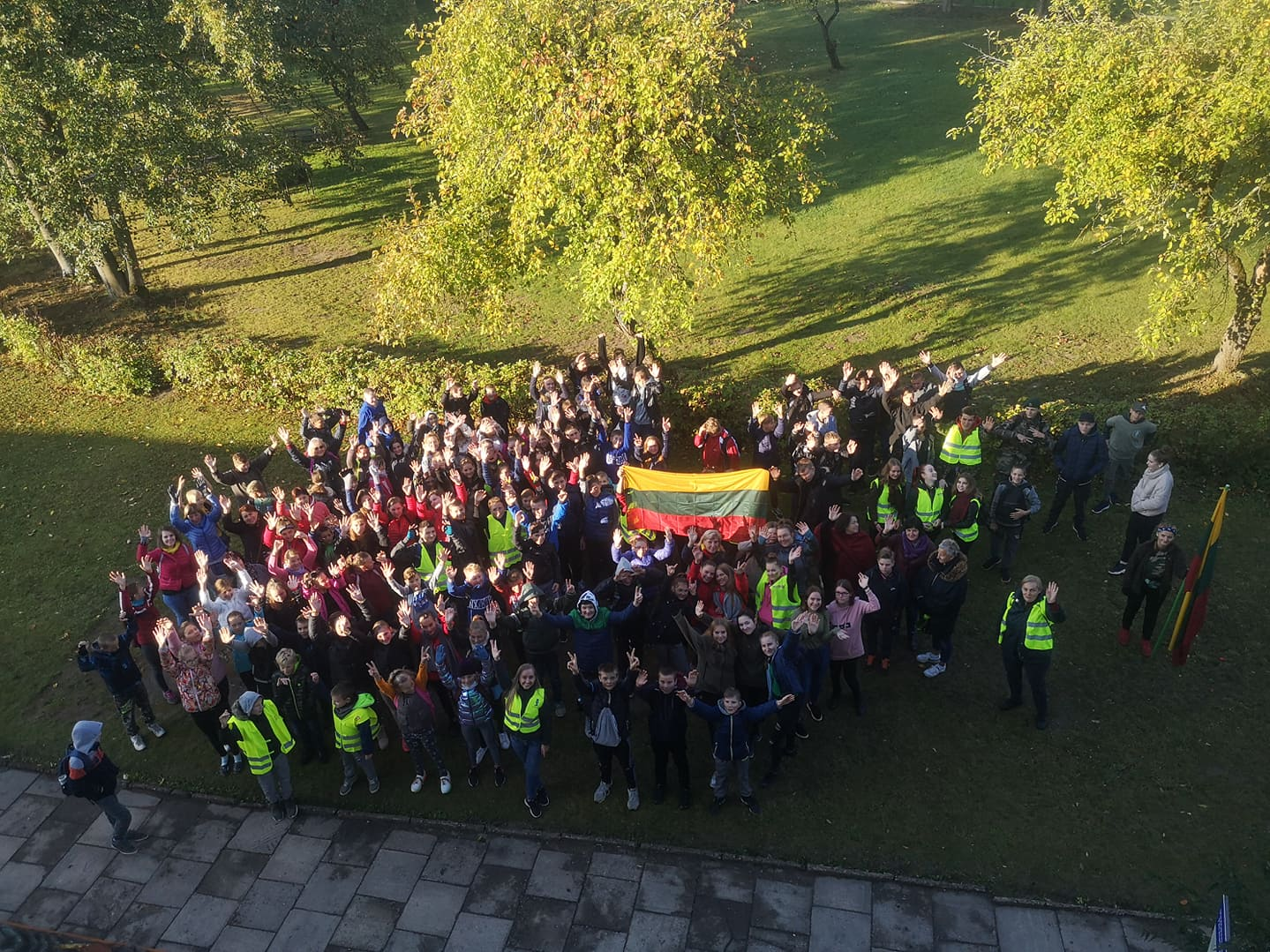"""Daugiau nei 32.000 moksleivių sudalyvavo rekordiniame """"Darom"""" sąspietyje rugsėjo 20 d."""