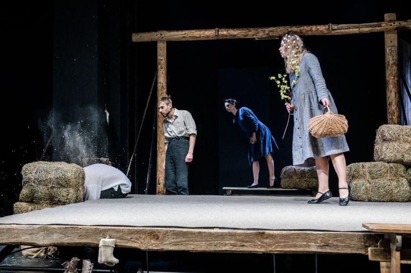 Vilniaus mažajame teatre jaukus atsisveikinimas su 2019-aisiais