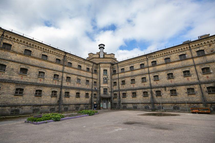 Alternatyvios Kalėdos sostinėje ateis į buvusio kalėjimo kiemą