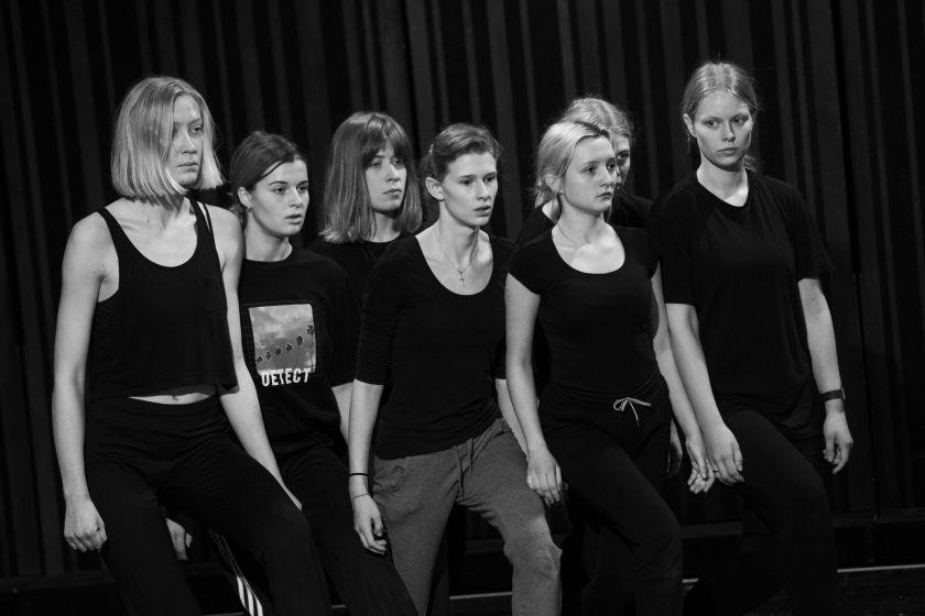 """Nacionalinio Kauno dramos teatro ir Slovėnijos kūrėjų pajėgos kuria spektaklį """"Elektra"""""""