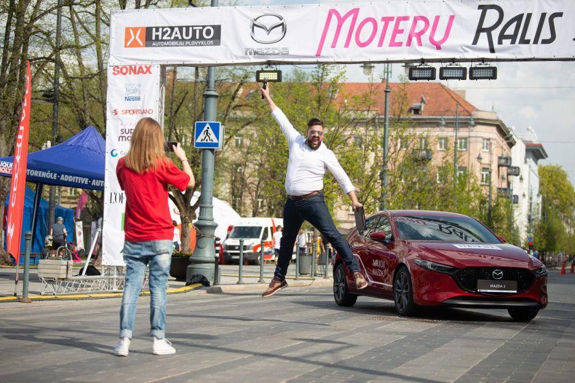 """""""Moterų ralio"""" renginį atidarys saugiausias metų automobilis"""