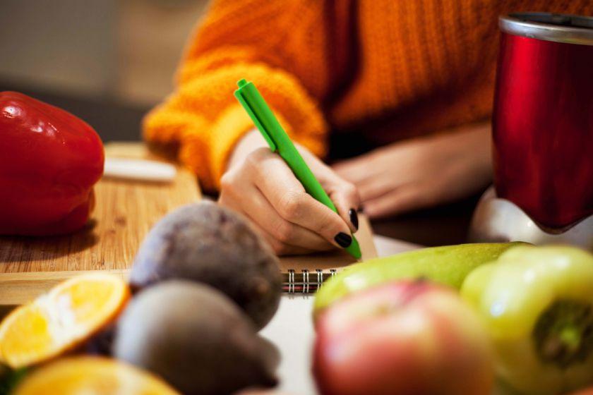 Auksinės virtuvės šefo taisyklės: kaip planuoti patiekalus ir apsipirkimus