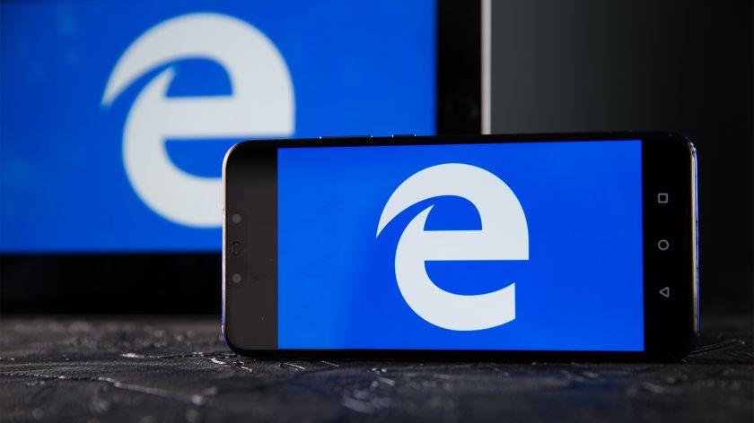"""Nuo populiarumo viršūnės iki interneto memų: """"Internet Explorer"""" naršyklei sukanka 25 metai"""