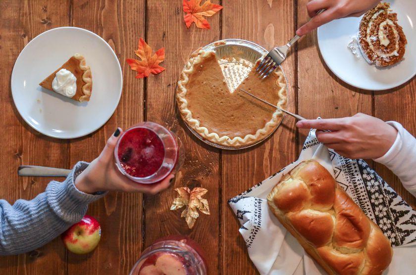 Švenčiame Pyragų dieną: 2 receptai su egzotiniais vaisiais