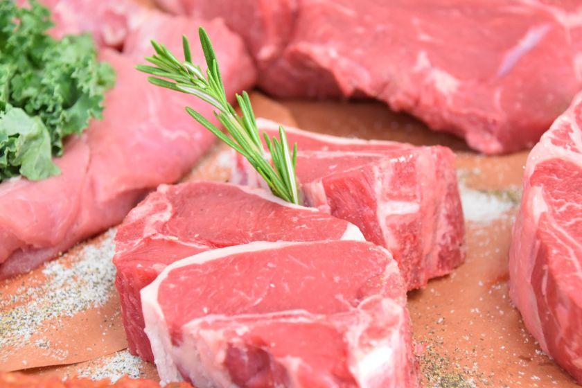 Keli paprasti patarimai, kaip išsirinkti ir laikyti šviežią mėsą