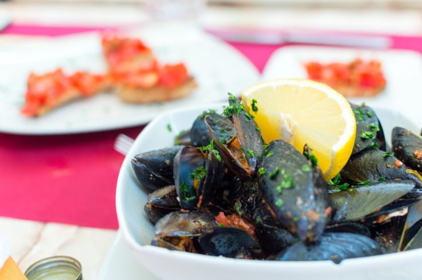 Skaniai vakarienei – progų nereikia: patarimai, kaip tarpušvenčiu namuose susikurti prancūzišką vakarienę