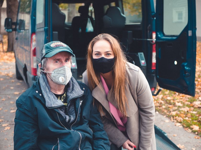 """Kaune atnaujinamos """"Socialinis taksi"""" paslaugos, orientuotos į neįgaliuosius"""