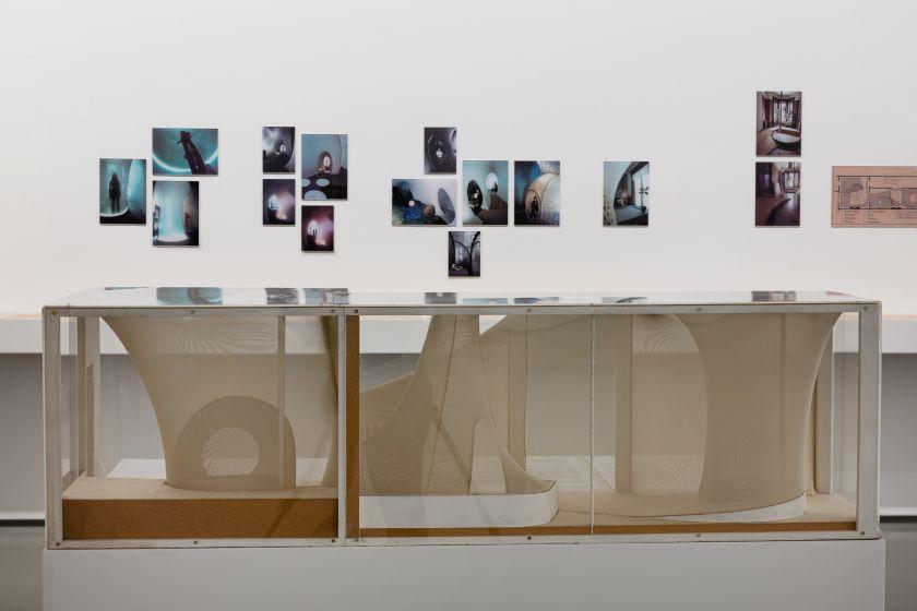 Pokalbių apie Aleksandros Kasubos kūrybą ir gyvenimą programa Nacionalinėje dailės galerijoje