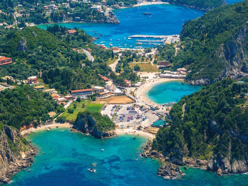 5 priežastys, kodėl verta keliauti į mažai ištyrinėtą Korfu: nuo kerinčios gamtos, iki aktyvaus laisvalaikio galimybių