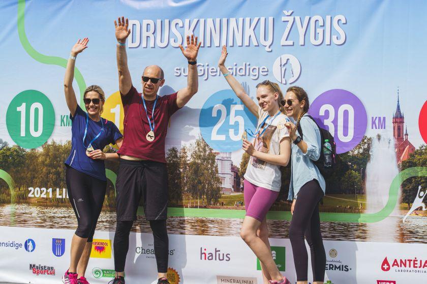 Po metų pertraukos grįžęs masinis žygis pažymėtas Lietuvos rekordu