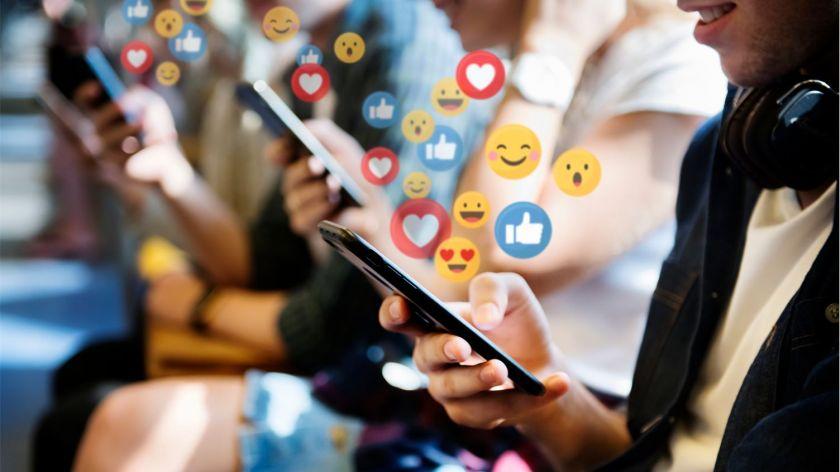 Minint Pasaulinę emociukų dieną: kaip japono išradimas pasiekė kiekvieno mūsų telefonus?