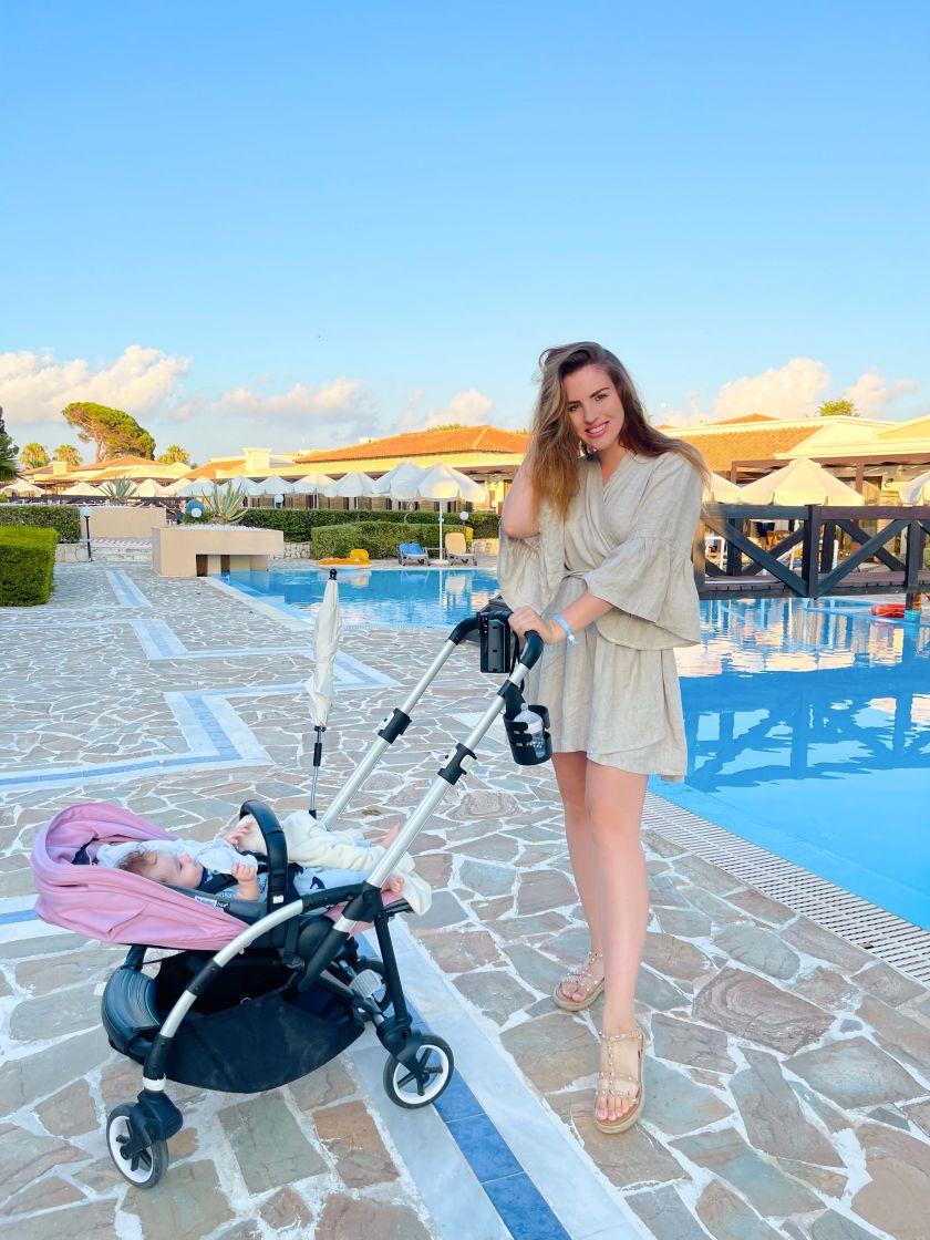 Atostogaudama su šeima Peloponese, S. Šveikauskaitė rado laiko ir savo mėgstamai veiklai