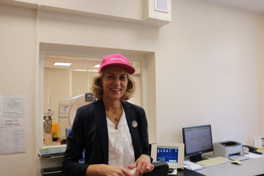 """Iniciatyvos """"Sužydėjusi viltis"""" komanda jungiasi prie Vilniaus maratono: kvies nemokamoms gydytojų konsultacijoms, registruotis mamografijai"""